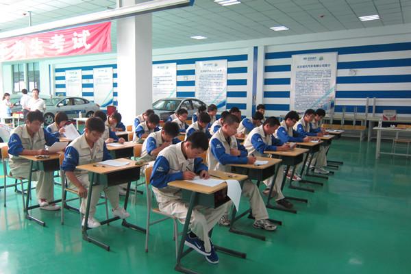 我院与北京现代校企合作上层次-烟台汽车工程职业学院